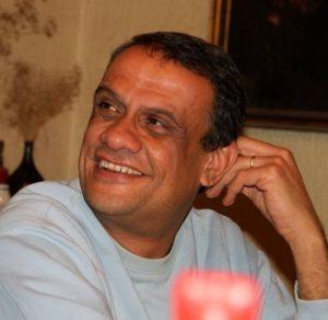 علاء خالد: الإسكندرية مكان التحول لا مكان الإقامة