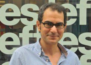 أحمد يماني في 'منتصف الحجرات' الذات فريسة والأنثى صياد