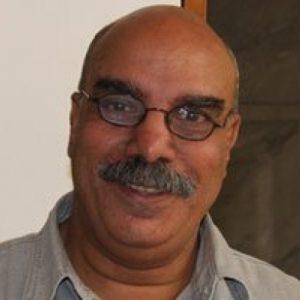مولانا الشاعر أحمد طه وأمكنته العديدة
