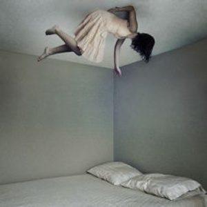 المرأة التي لا تعرف النوم