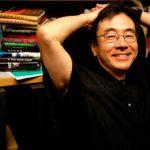 هاروكي موراكامي.. عندما أكتب تأتيني حلول للمشاكل الأصعب .