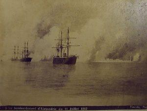 صورة نادرة لضرب الإسكندرية من البحر 11 يوليو1882م – تصوير فيوريلو
