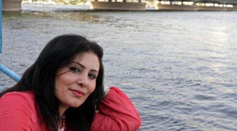 """منصورة عزالدين: الجوائز العربية تبحث عن كبار السن.. وهذا ما يفسّر الضجة حول """"عزازيل"""""""