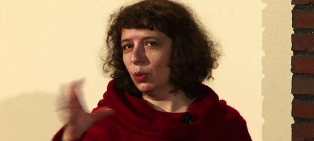 في كنف الريح.. في كنف دكتاتور .. بولينا بارسكوفا